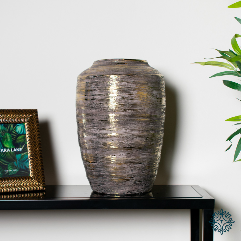 Ancona ceramic vase 36cm linear gold
