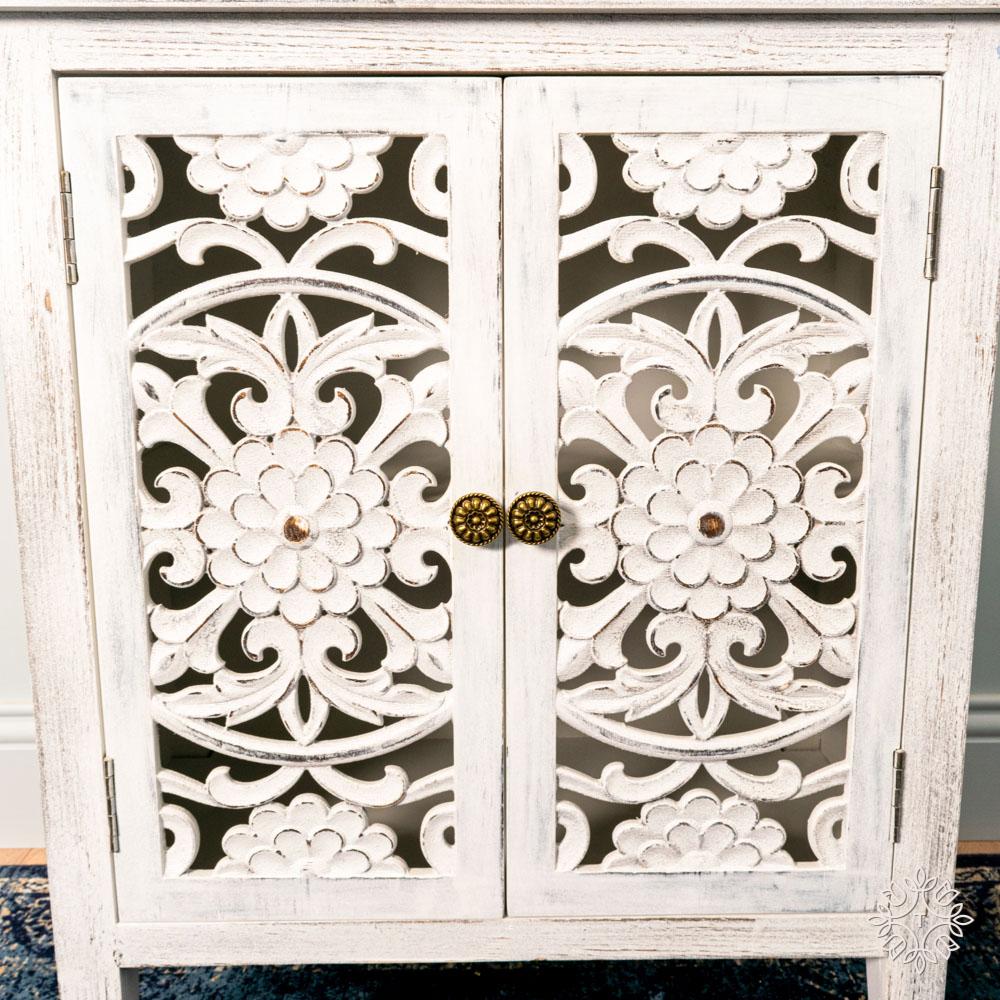 Jessie 2 door cabinet antique white large